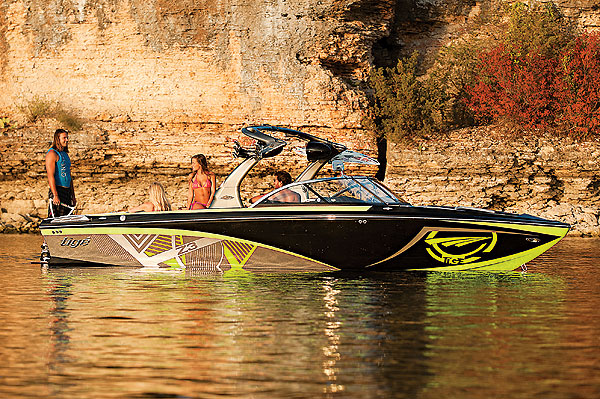 Wake yes, want this....2012 Tigé Z3