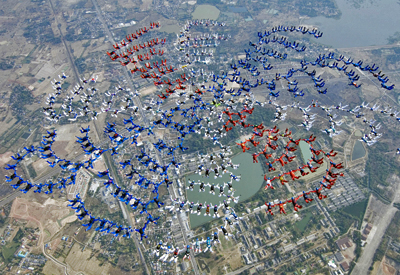 Extreme As these 400 skydivers from 31 nations can attest, skydiving is a passion shared around the world.
