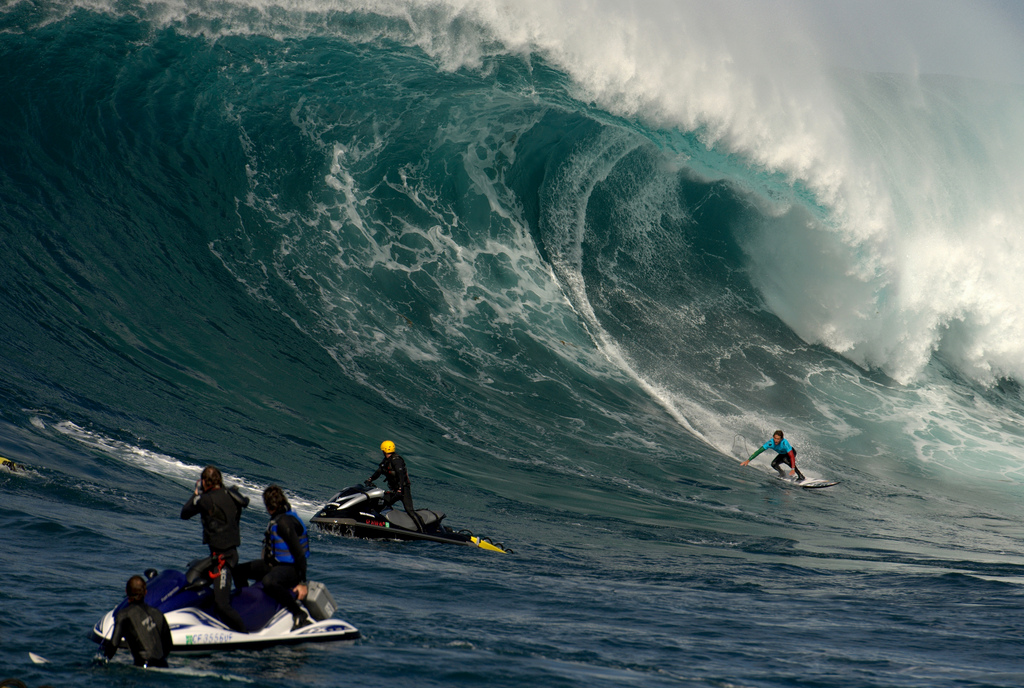 Surf Todos Santos Big Wave Contest